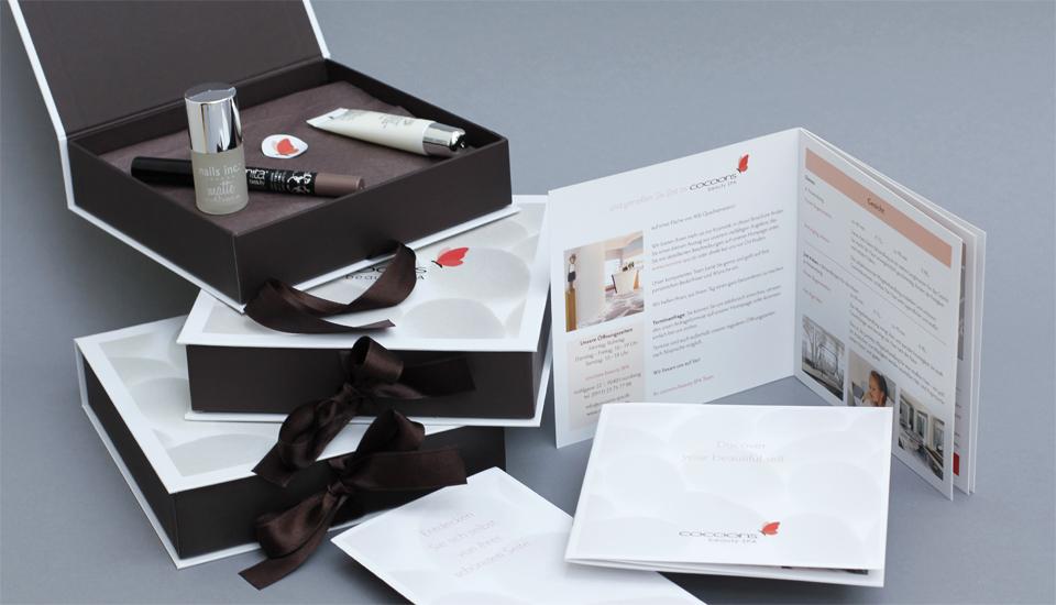 cocoons-Schachteln-Printmedien